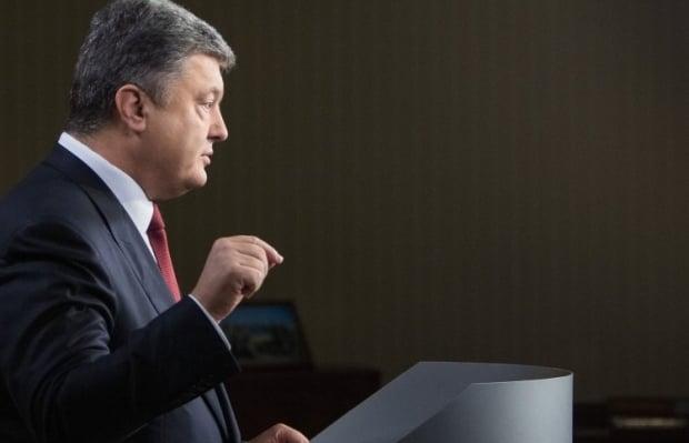 Петро Порошенко прокоментував выдновлення енергопостачання Криму /  УНИАН