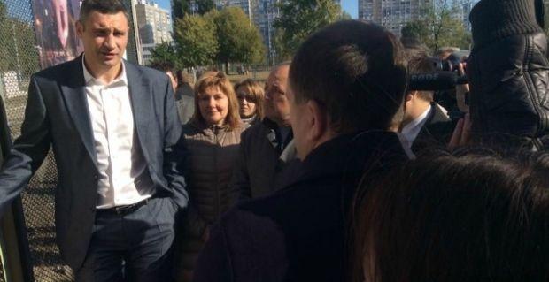 Модернизация уличного освещения на Троещине / КГГА