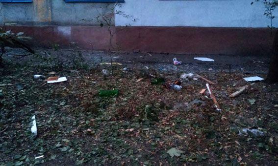 В Мариуполе неизвестные обстреляли дом из гранатомета