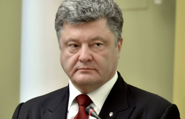 Poroshenko says the war in Donbas is not over yet despite certain de-escalation / Photo from UNIAN