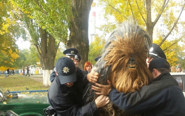 'Chewbacca' is being detained by Ukrainian police / 1tv.od.ua
