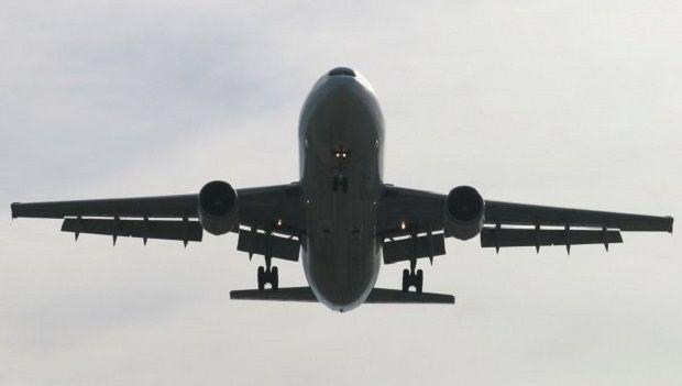 Самолет /  Flickr/ kingair42