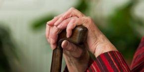 В трудные времена люди преклонного возраста требуют большего внимания и милосердия - протоиерей УПЦ