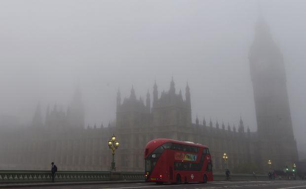 ИзЛондона снова нельзя вылететь из-за тумана