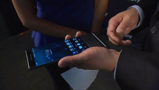 Blackberry принадлежит менее 1% рынка смартфонов