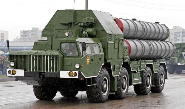 Росія та Іран підписали контракт напоставку ракетних комплексів С-300