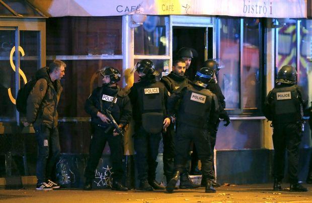 В ходе атак в Париже погибло 8 террористов