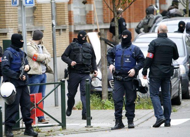 Антитеррористические рейды французской полиции: арестованы 23 человека
