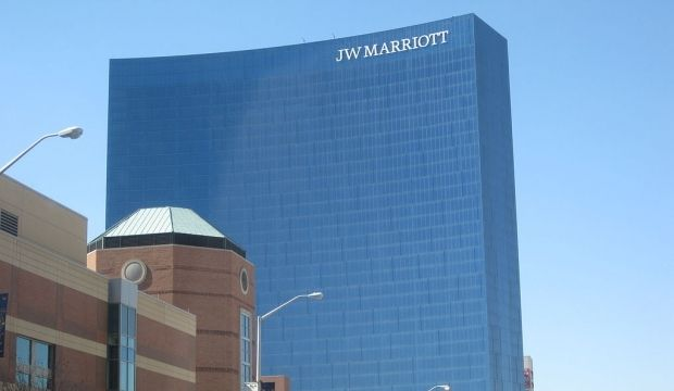 Купив Starwood Marriott создает компанию более чем с 5500 отелей