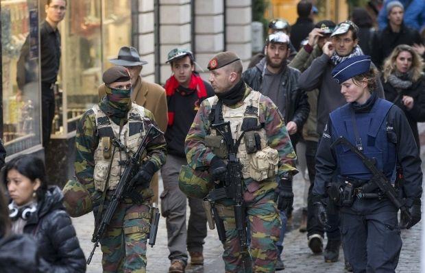 В Бельгии ищут террористов с бомбой