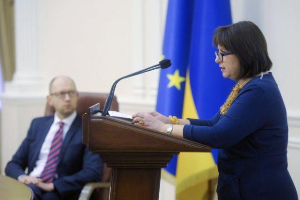 Слухи о замене Яценюка на Яресько могут быть попытками давления на премьера / фото УНИАН