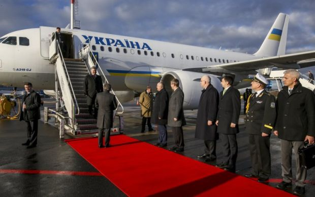 Poroshenko paid an eventful visit to Lithuania / Photo from UNIAN