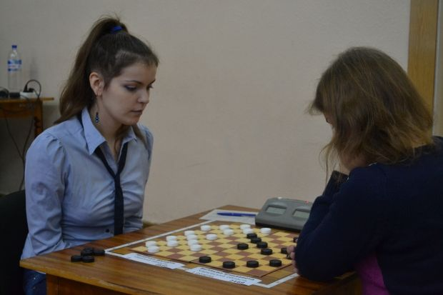 Виктория Мотричко стала двукратной чемпионкой Украины по шашкам в 2015-м году / ukrshashki.at.ua