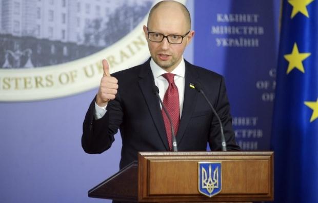 Яценюк рассказал, когда возобновят проверки бизнеса