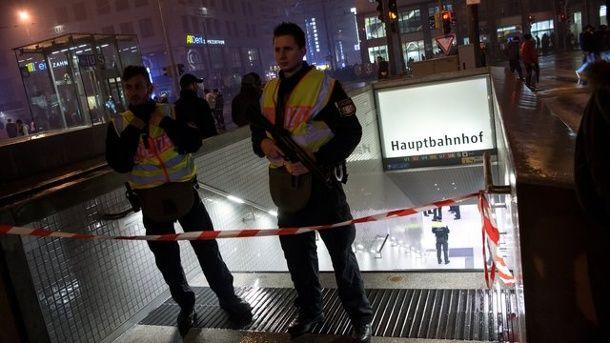 полиция мюнхен вокзал / dpa