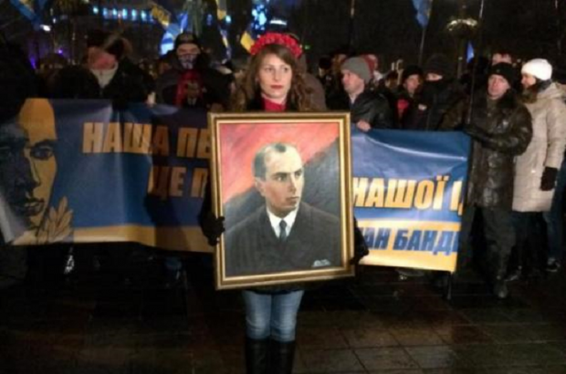 В Києві пройшла 3-тисячна хода та віче до дня народження Бандери / Фото УНІАН