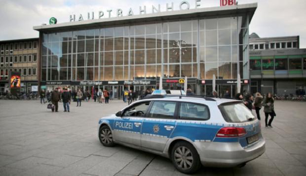 кельн германия вокзал / dpa