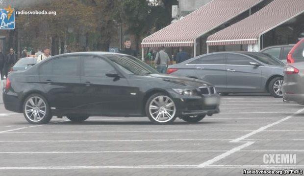 BMW 318i користується співробітник СБУ Кувачев / radiosvoboda.org