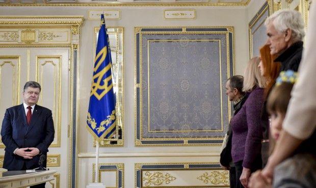 Порошенко встретился с родственниками погибших / president.gov.ua