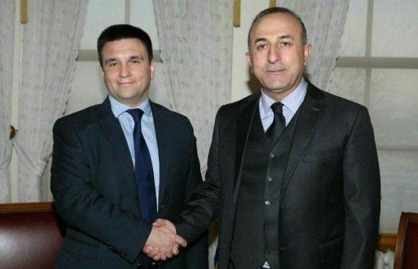 Клімкін розповів турецьким журналістам про порушення прав кримських татар та Мінські домовленості