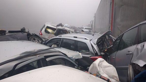 В Словении в результате столкновения 50 автомобилей погибли 4 человека / Bralec Erik