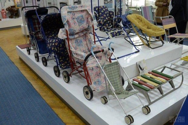 Товары народного потребления в музее серийного завода