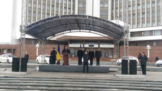 порошенко полиция винница / twitter.com/stsegolko