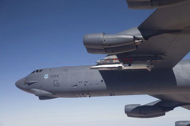 B-52 / REUTERS