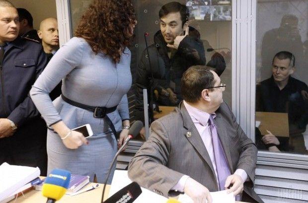 Адвокат Соколовская (слева) заявила, что им с коллегой неоднократно поступали угрозы / Фото УНИАН
