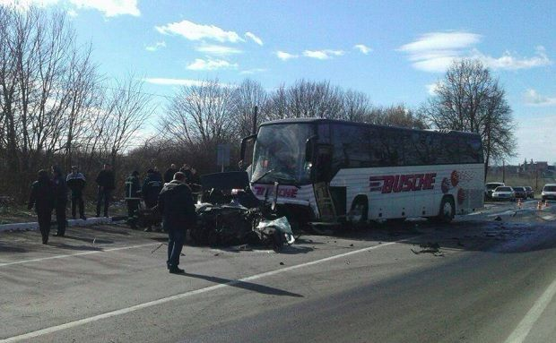 На Волині BMW зіткнулася з автобусом / Патрульна поліція Луцька