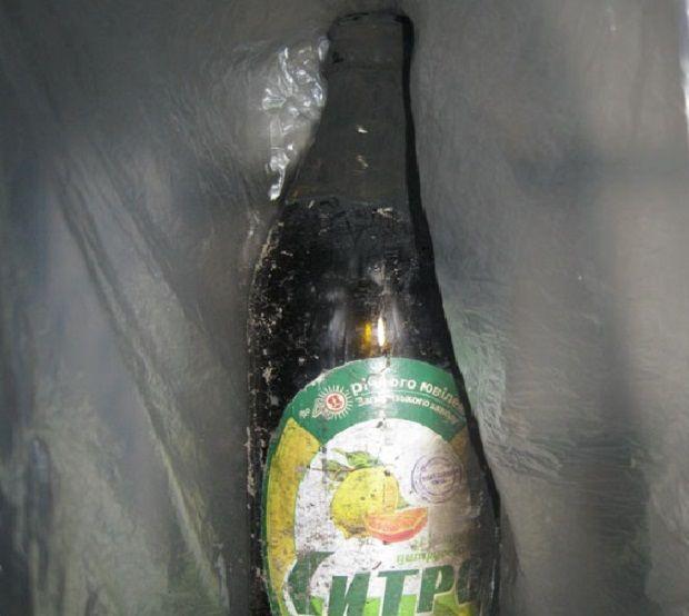 Напад скоєно за допомогою пляшки з запальною суміщю / фото Нацполіція