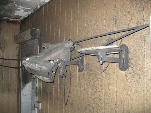 Знищено апаратуру, комп'ютери та меблі / фото Нацполіція