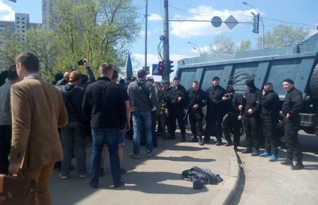 Конфлікт навколо скандальної забудови вКиєві наОсокорках: з'явилися перші постраждалі
