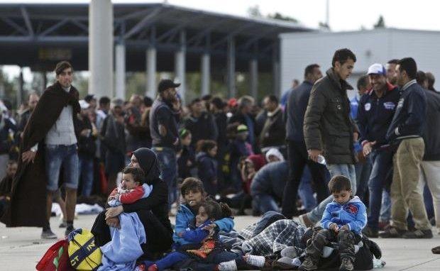 ІДІЛ обучает боевиков притворяться беженцами / Иллюстрация REUTERS