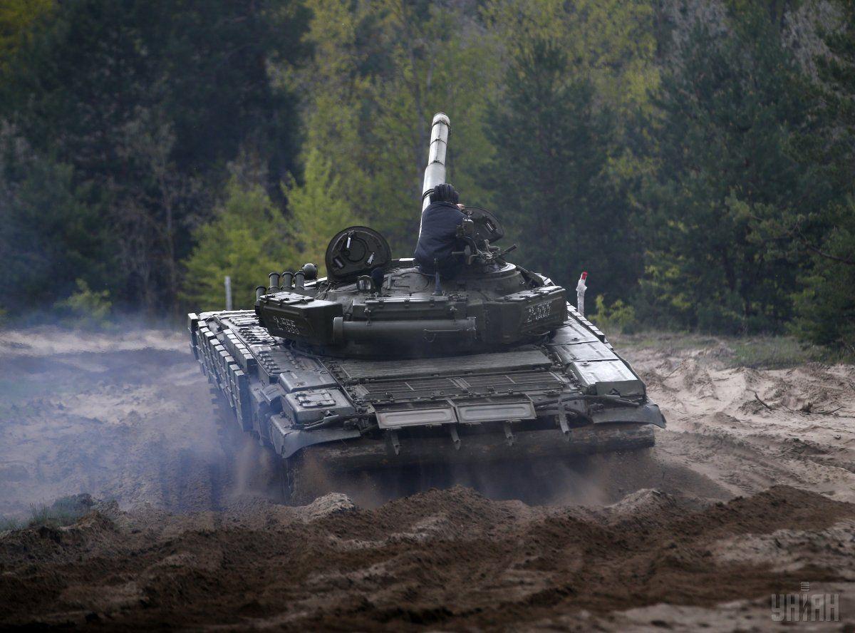 Танковые маневры во время учений НГУ в Киевской области / УНИАН