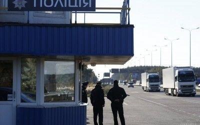 На Тернопільщині поліція тепер зупинятиме водіїв, навіть якщо вони нічого не порушили title=