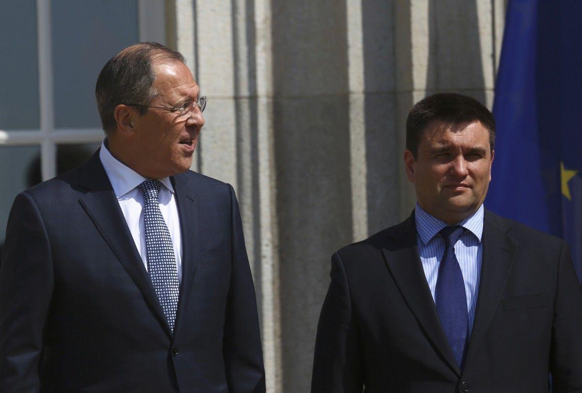 МИД Украины принял решение неразрывать дипотношения сРоссией