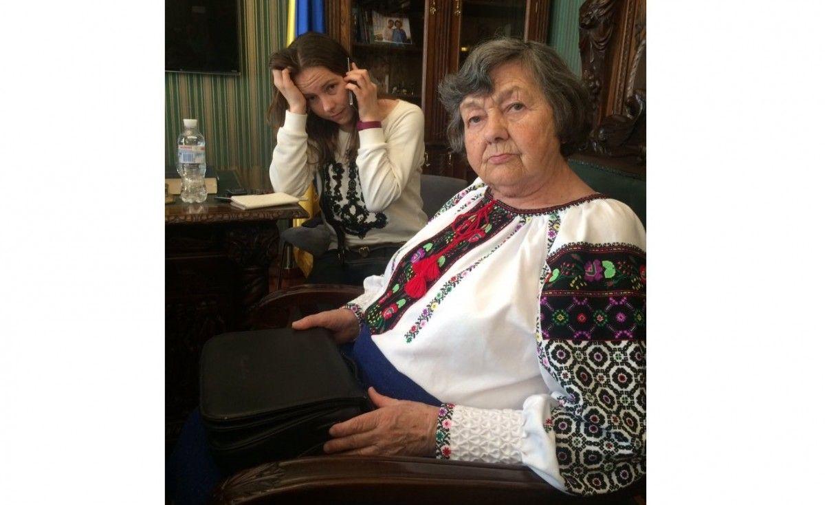 Мама и сестра Савченко / twitter Alex Ryabchyn