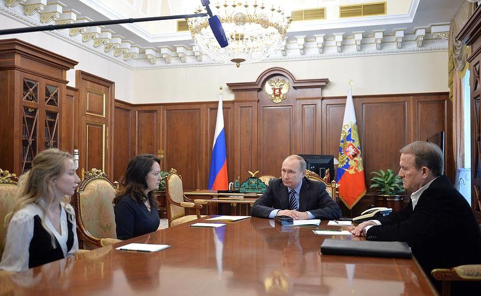 """""""Она говорила с самим чертом, когда меня освобождала"""", - Савченко о переговорах сестры с Меведчуком - Цензор.НЕТ 6362"""