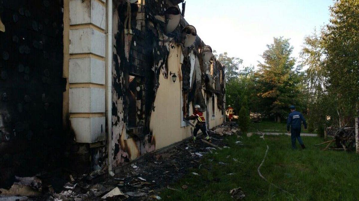 В будинку перебувало 35 осіб / Фото mns.gov.ua