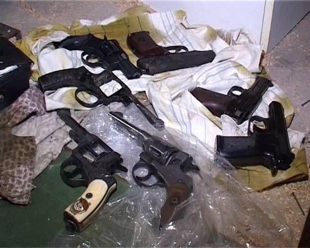 В Киеве обнаружили склад с оружием