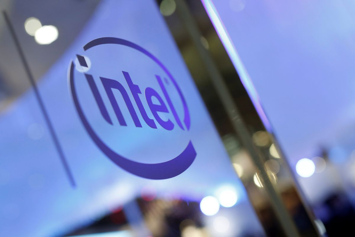 intel reinventing the company essay For the majority of the employees of huge (major) companies like intel, they are secure in their job because the primary fact that the company a) is a fortune 500 listee and.