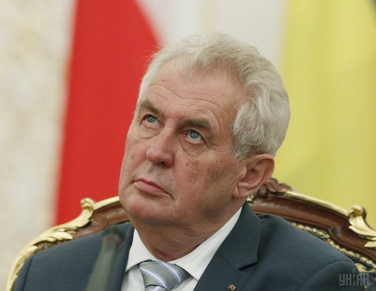 Земан підтримує збереження Чехії в складі обох об'єднань / Фото УНИАН