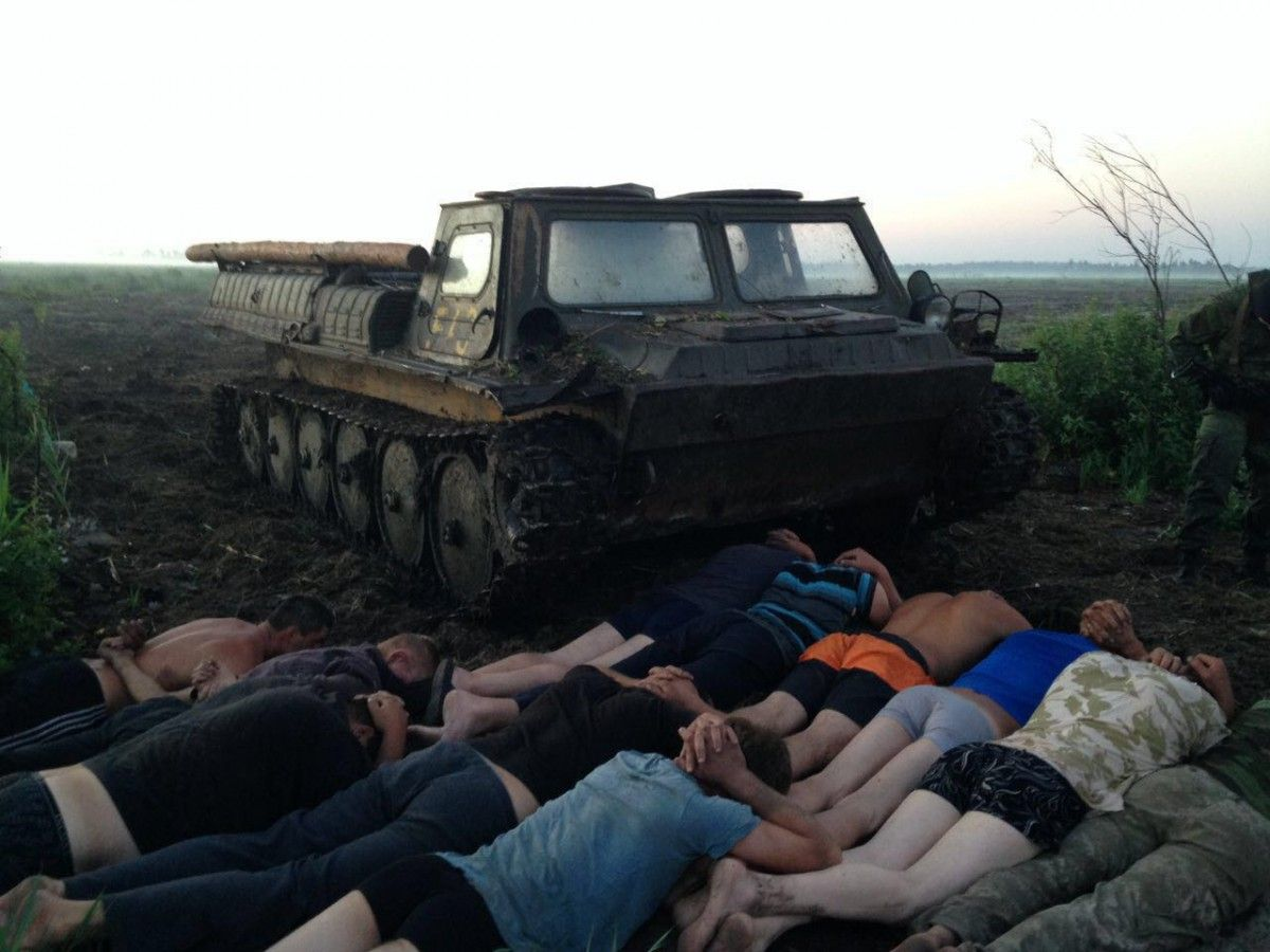 Illegal miners resisted the special security force / Photo from facebook.com/arsen.avakov.1