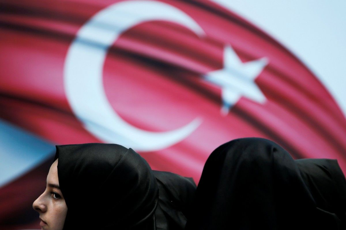 Европарламент выступил за приостановку переговоров о членстве Турции в ЕС / REUTERS
