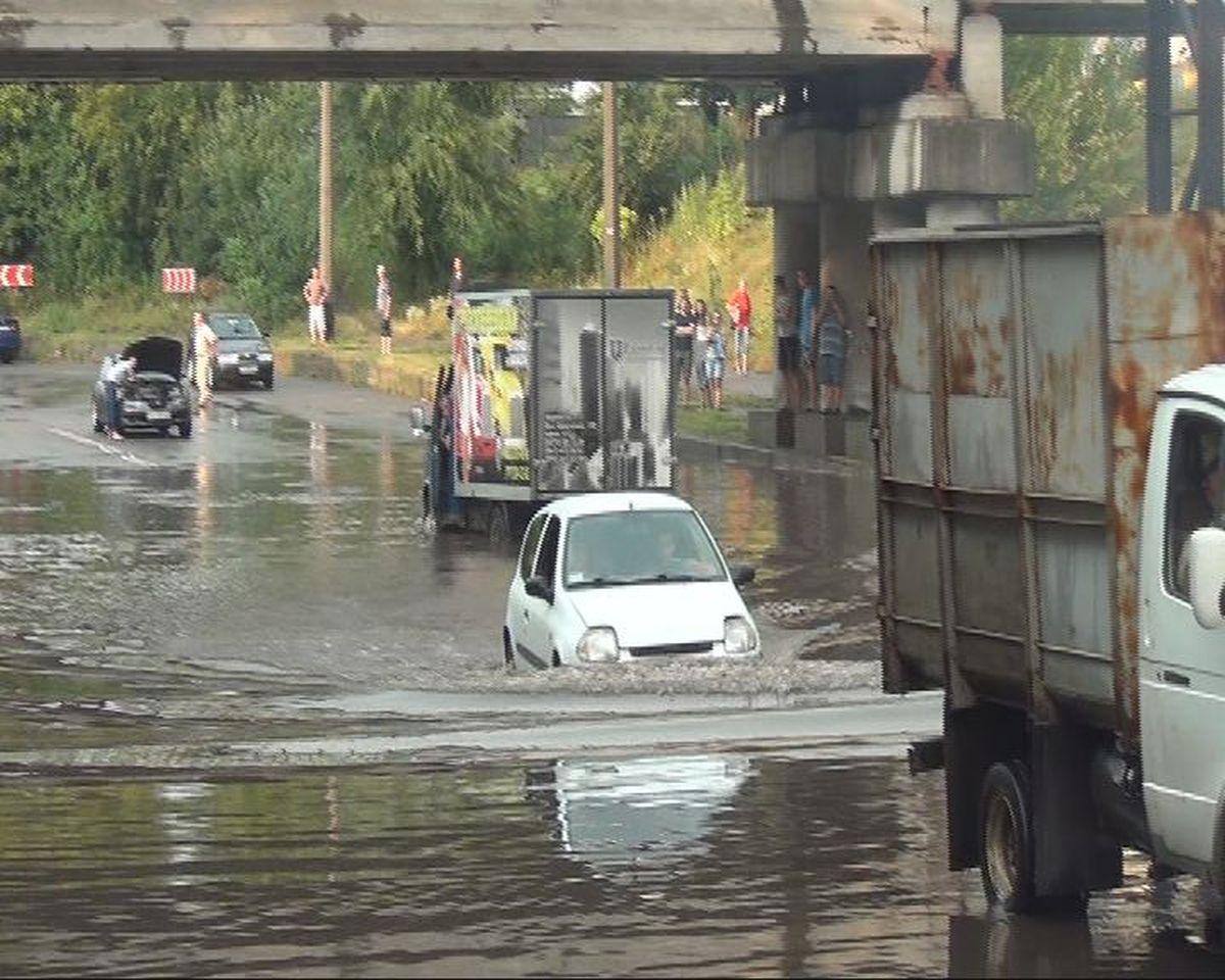 Сильный ливень затопил часть Черкасс