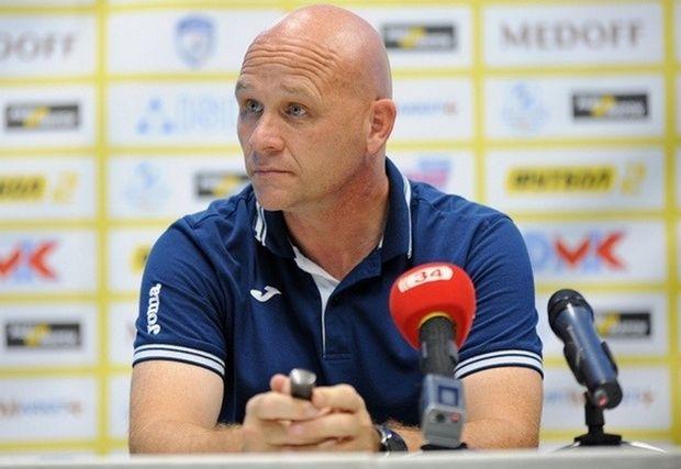 Главный тренер украинской «Стали» ван дер Меер ушел вотставку