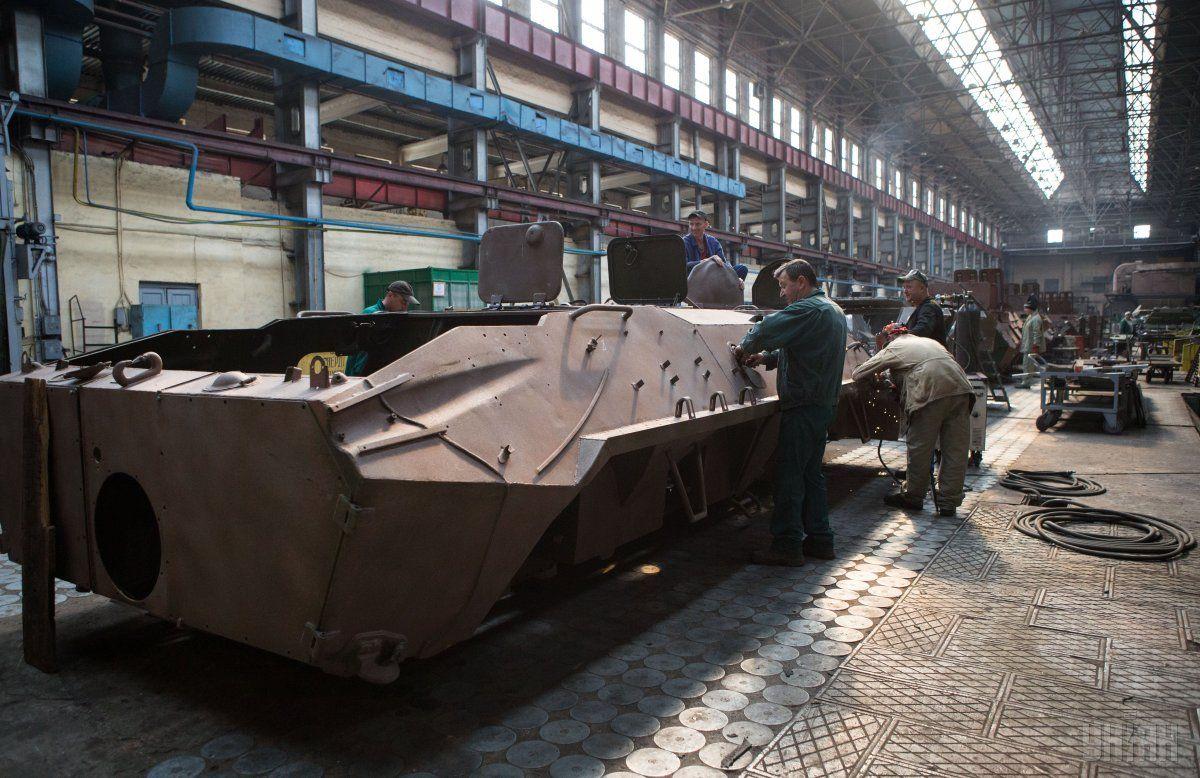 Киевский бронетанковый завод удвоил поставки техники вНацгвардию