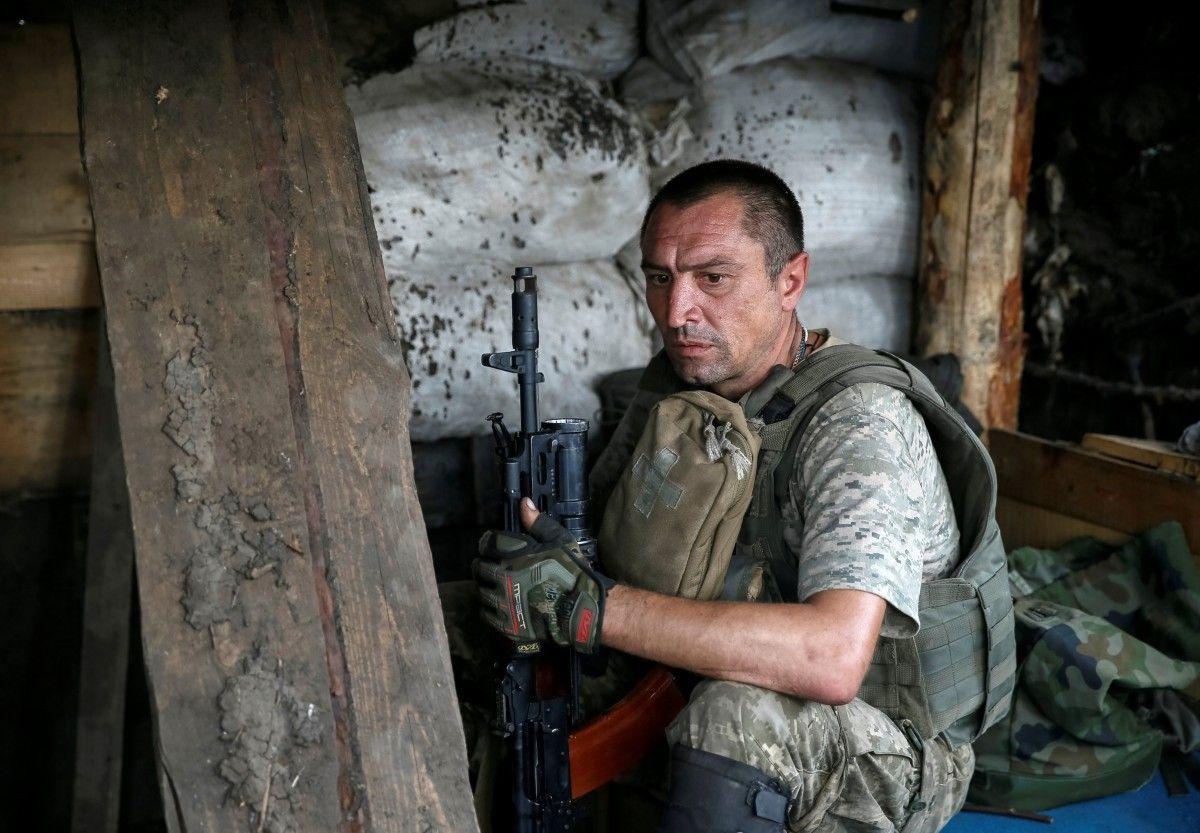 Завчерашний день боевики 37 раз обстреляли позиции ВСУ— штаб АТО