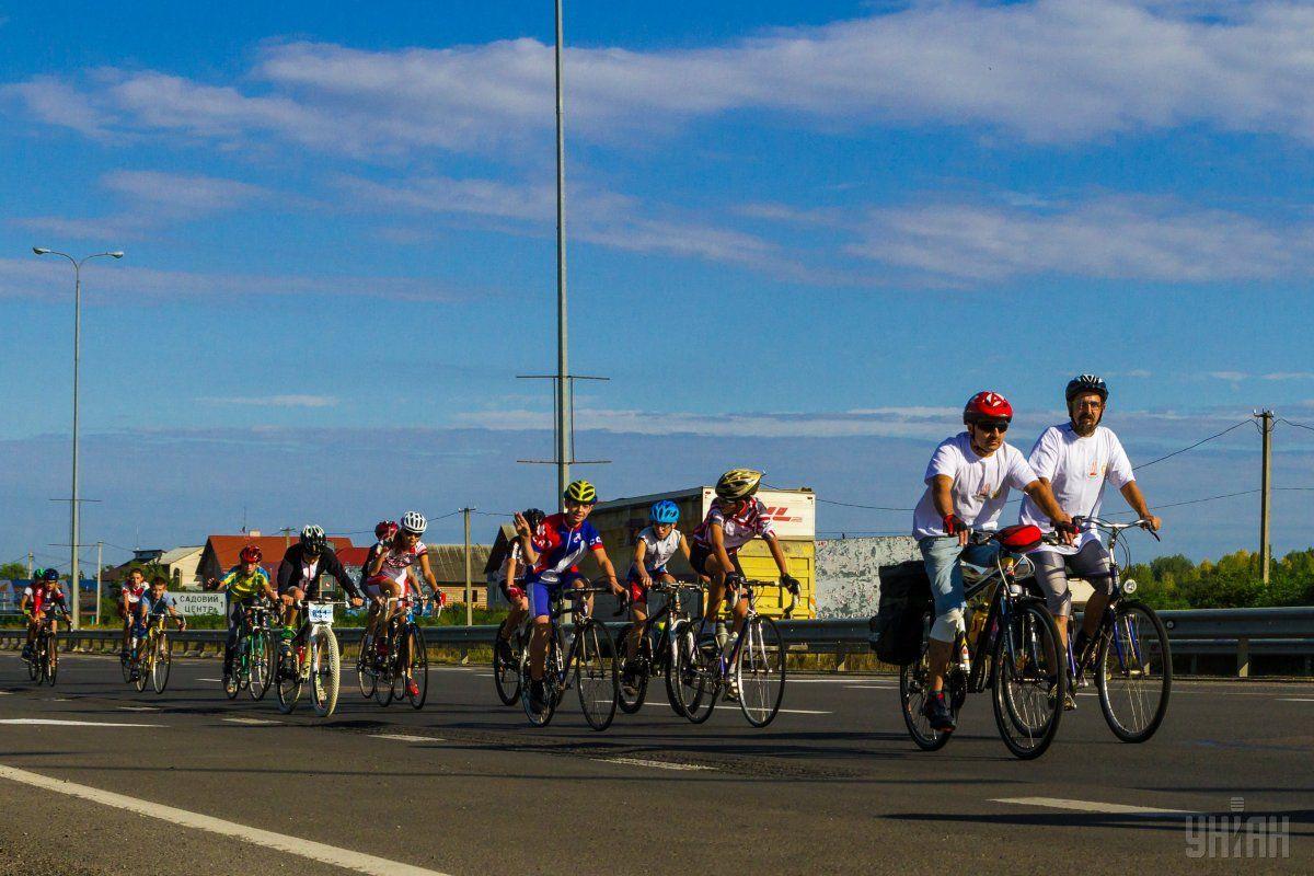 Ветеранський велопробіг до 25-ї річниці Незалежності України / Фото УНІАН